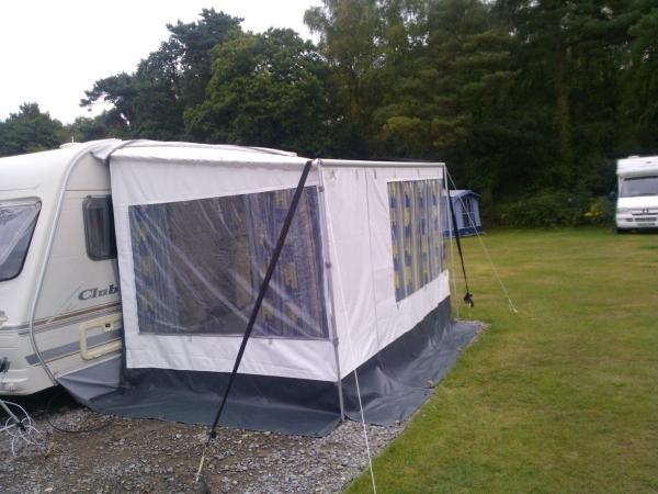 Fiamma caravanstore zip 360 complete with zip on privacy ...